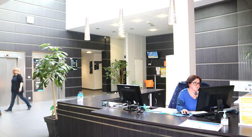 Accueil administratif à la Polyclinique